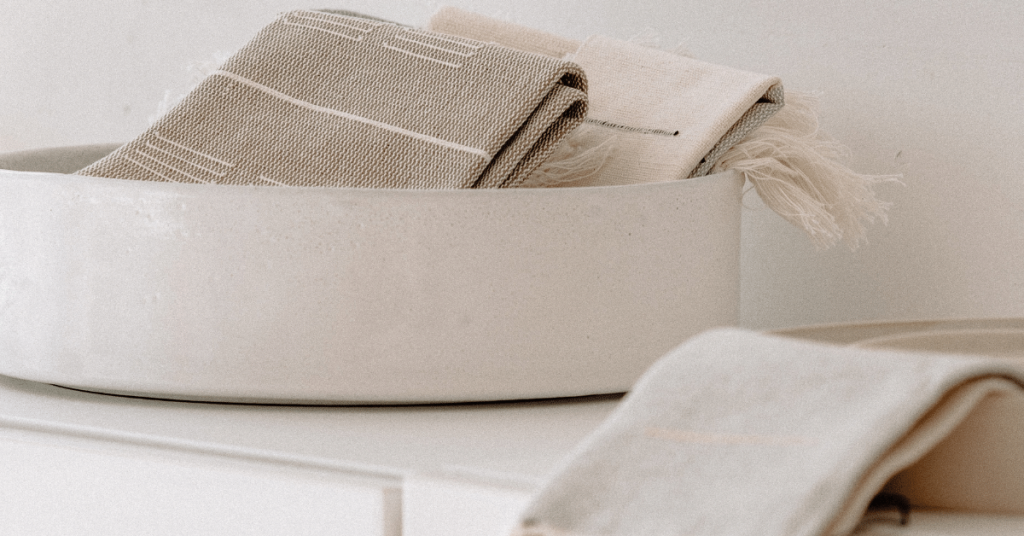 Ways to Stylishly Organise Your Linen Cupboard